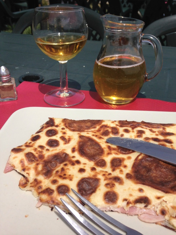 what a meal: hard cider, jambon & fromage, sunshine, fresh air